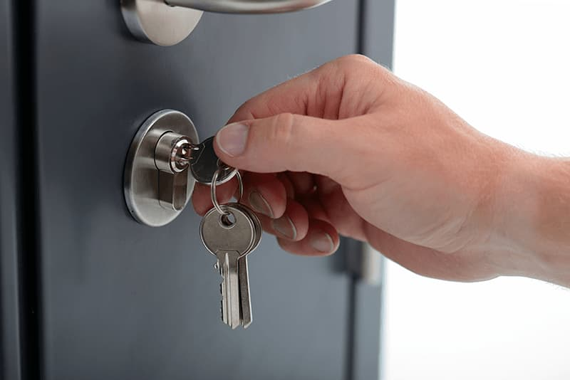 locksmith opening lock derbyshire